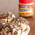 Erdnussmuffins mit Schoko-Glasur
