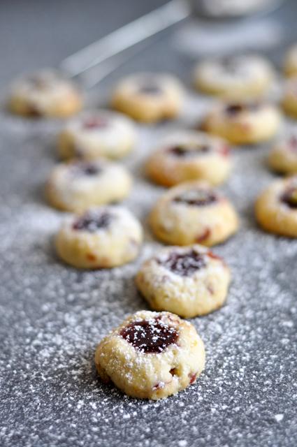 Engelsaugen mit Cranberries und Pistazien