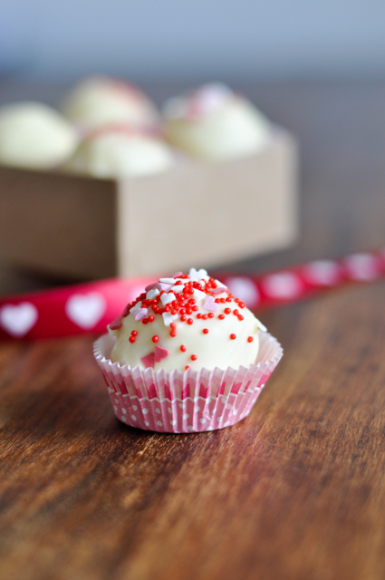 Cakepops mit Champanger - ein zuckersüßes Geschenk zum Valentinstag!