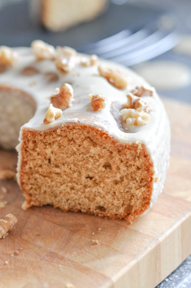 Ahornsirupkuchen mit Zuckerguss