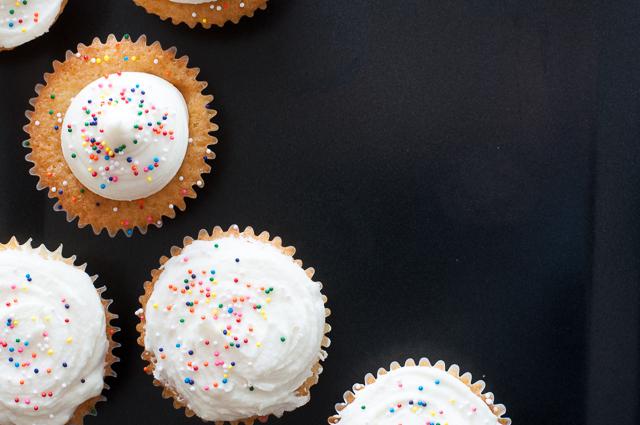 Vanilla Cupcakes mit Vanilla Buttercreme