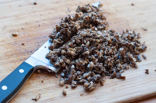 Pilzmasse für vegetarisches Wellington
